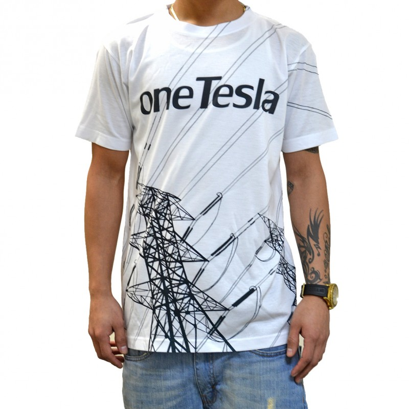 oneTesla graphic T-shirt